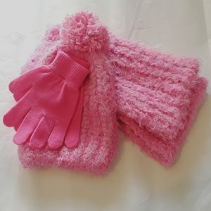 Accessories - Hat, Scarf, & Gloves Set - One Size Fits All